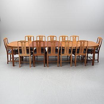 Carl Malmsten, a 13-piece walnut dining suite 'Ambassadör', Åfors Möbelfabrik.