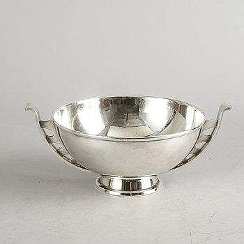 Ulla Fogelklou-Skogh, bowl, nickel silver.