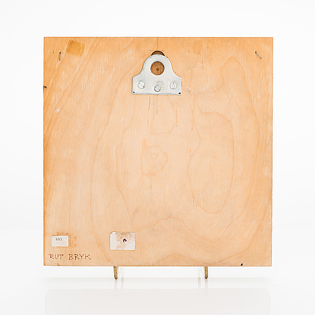 "Rut bryk,  reliefi, ""ikkuna"", signeerattu rut bryk. 1980-luku."