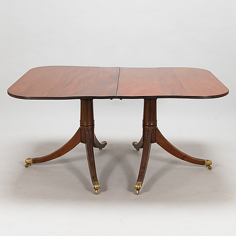 A dinner table, england, the first half of the 20th century.