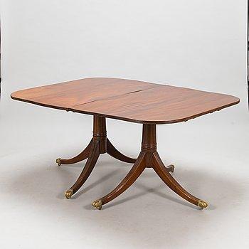 Ruokapöytä, Englanti 1900-luvun alkupuoli.