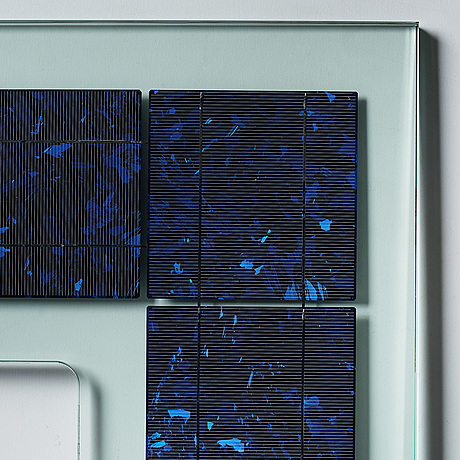 Aids 3d, executed in 2010. lof polycrystalline solar cell glass.