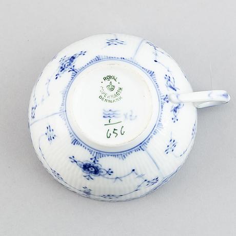 "30 pieces, royal copenhagen, ""musselmalet"", porcelain, denmark."
