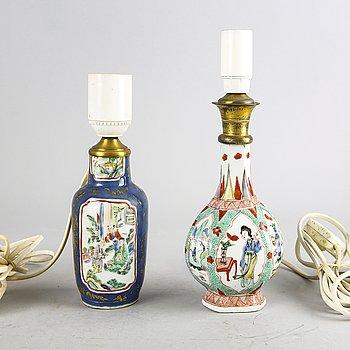 Bordslampor två st Kina Kangxi och 1700-tal porslin.