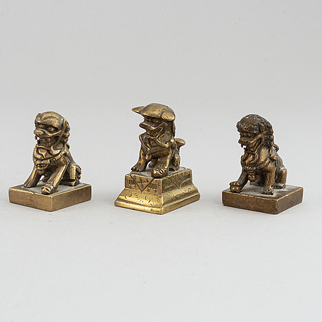 A group of tibetan objects, 19th/20th century.