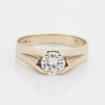 Ring, med briljantslipad diamant ca 0,70 ct.