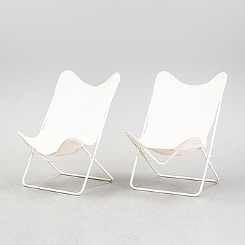 A pair of butterfly chairs, second half of the 20th Century.