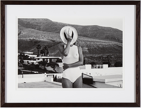 Katja kremenic, photography, signed on certificate, edition 2/15.