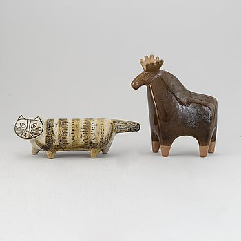 Lisa Larson. Two stone ware figurines in the shape of a cat and a moose, Designed in 1957 for Gustavsberg.