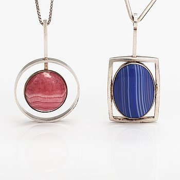 Two sterling silver neckalces, one with a rhodochrosite and one with an agate. Denmark.