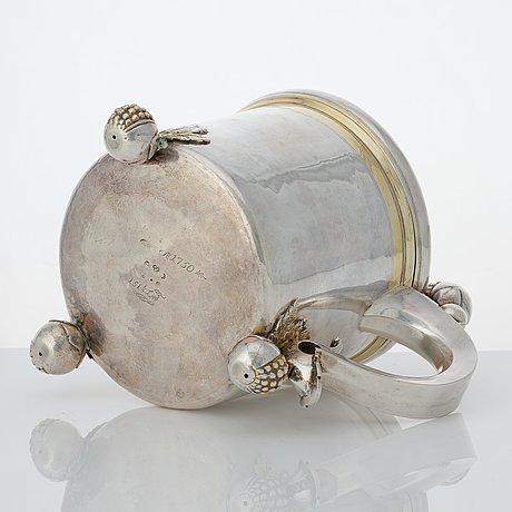 A swedish baroque parcel-gilt silver tankard, mark of hans richter, stockholm (1661-1695 (1711-)), before 1689.
