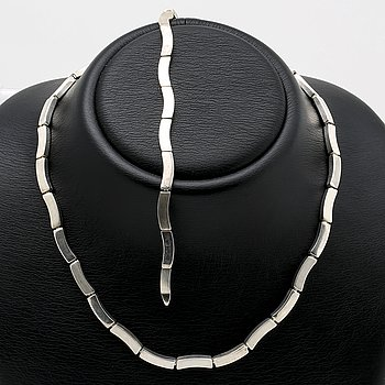 Silver necklace and bracelet, sterling silver.