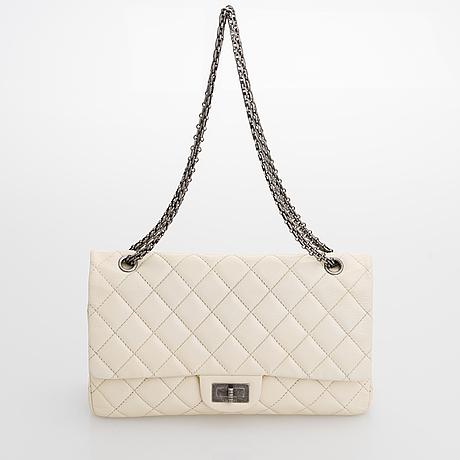 """Chanel, """"2.55 reissue jumbo double flap bag"""", laukku, 2009-2010."""