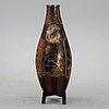 A large japanese ceramic vase, 20th century.