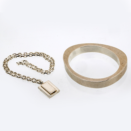 Georg jensen bangle and efva attling pendant with chain, sterling silver.