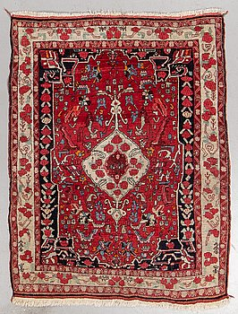 A rug, semi-antique, Bidjar, ca 154 x 118 cm.