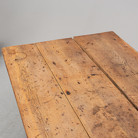 A pine table, 19th century.