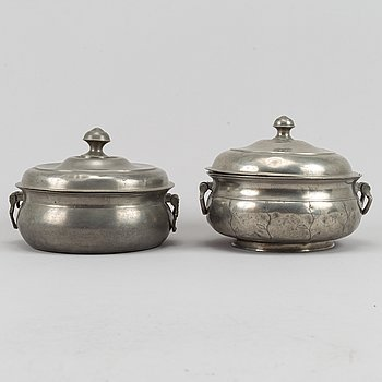 Two pewter turreens with lids, dated 1810 and 1813.