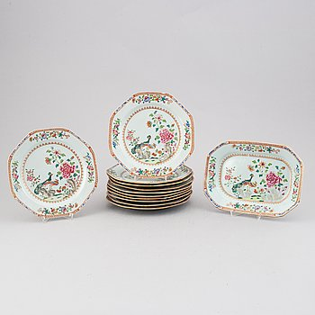 A group of 12 famille rose export porcelain dishes, Qing dynasty, Qianlong (1736-95).