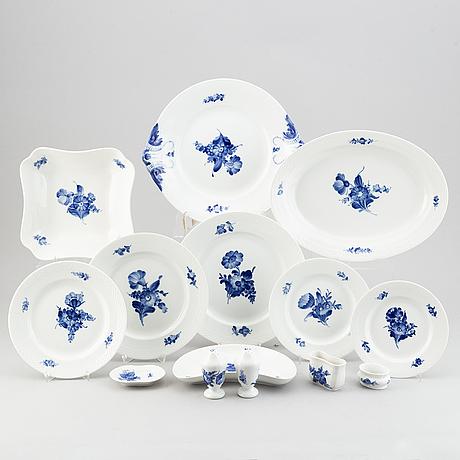 "A tableware service, ""blue flower"", 123 parts, royal copenhagen, denmark."