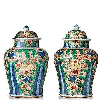 882. A pair of Transitional Wucai jars, 17th Century.