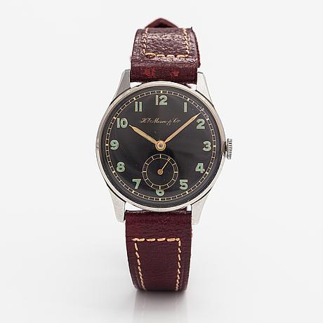 Moser % cie, wristwatch, 31 mm.