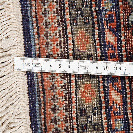 Matta, semiantik/old ardebil, ca 264 x 272 cm.