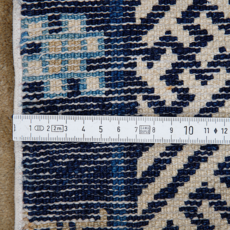 Matta, semiantik baotou, kina, ca 175 x 108 cm.