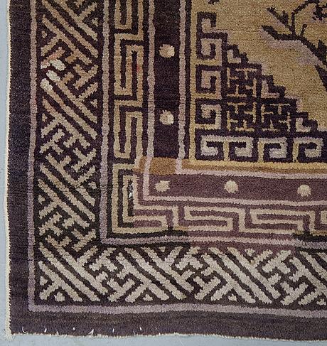 A rug, semi-antique china, ca 167 x 88 cm.