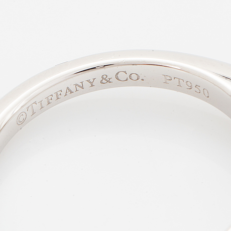 Tiffany & co, brilliant-cut diamond ring, 0,40 ct, with certificate.