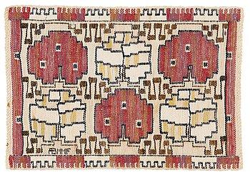 "201. Märta Måås-Fjetterström, a textile, ""Grodblad röd"", flat weave, ca 40,5-41 x 58,5-60 cm, signed AB MMF."
