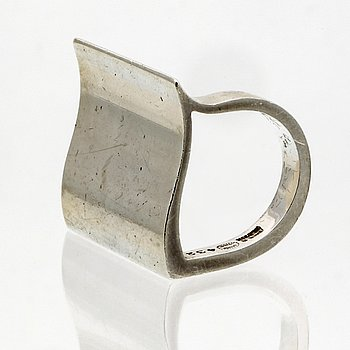 Georg Jensen ring sterling silver, nr 432, approx 2,5 x 2,5 cm, ring size approx 52, original case and box.