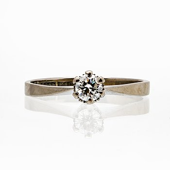 Ring 18K whitegold 1 brilliant-cut Diamond 0,20 ct engraved.