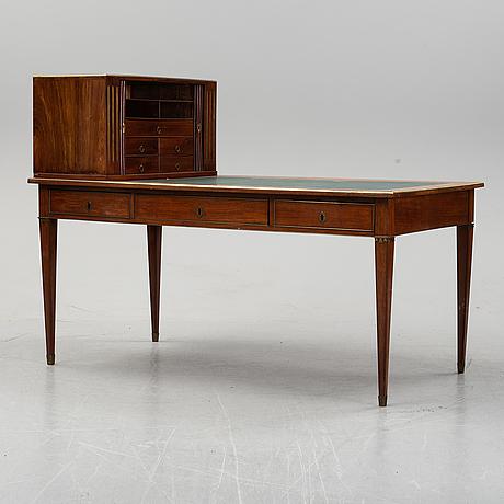 Skrivbord med uppsats, sengustaviansk stil, 1800-talets slut.