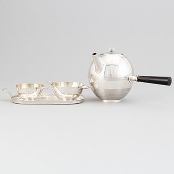 Sylvia Stave for C.G.Hallberg. A silver plate four-piece coffee set. 1930's.