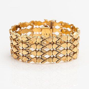 A 14K gold bracelet. Import marked Helsinki 1970.