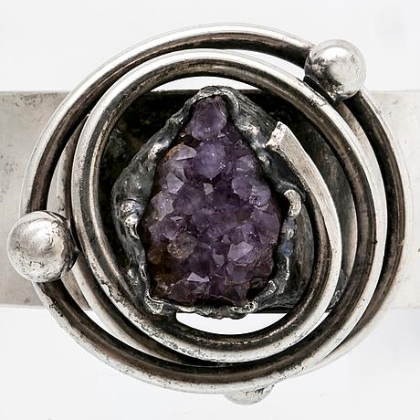 Bangle silver/metal, amethyst crystal.