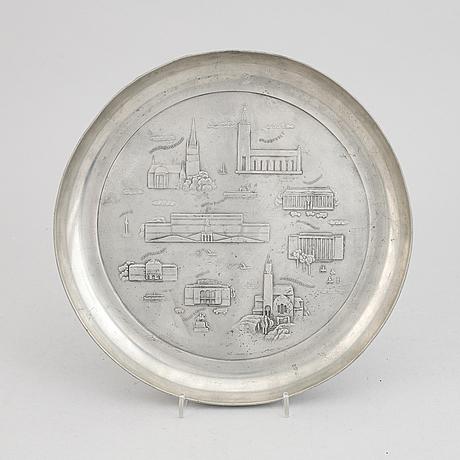A pewter dish by firma svenskt tenn, stockholm, 1940.