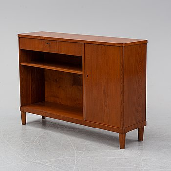 A mid 20th Century book case,