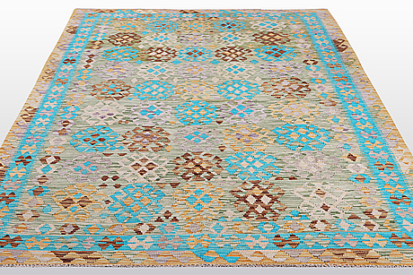 A carpet, kilim, ca 284 x 207 cm.