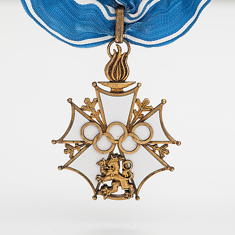 The finnish olympic cross, 1st class, silver and enamel. tillander, helsinki before 1968.