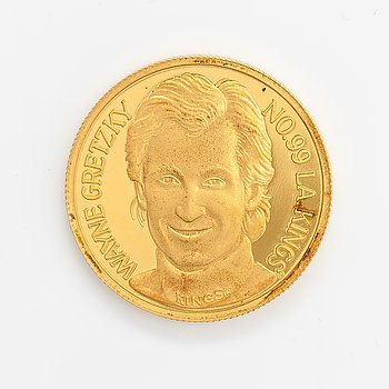 Commemorative medallion, Wayne Gretzky, 24K gold, no. 93/194.