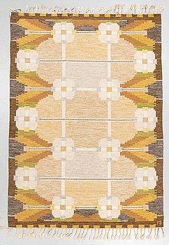 """Ingegerd Silow, a carpet, """"Dellen"""", flat weave, ca 236 x 168 cm, signed IS."""