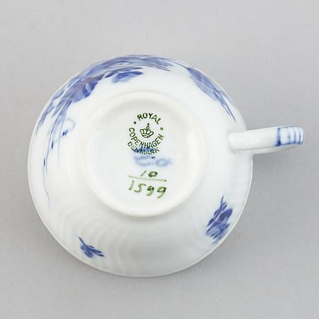 """Royal copenhagen, kaffeservis,  27 delar, porslin. """"blå blomst"""", danmark."""