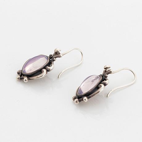 Georg jensen, ett par örhängen, sterlingsilver med rosenkvarts.