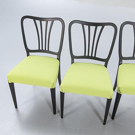 A set o four 1940s swedish modern chairs.