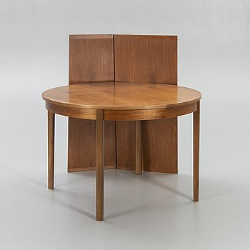 A 1960/70s walnut dining table from Skaraborgs.