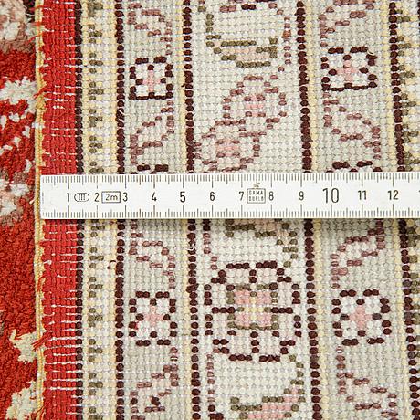 Matta, silke, kina, ca 364 x 273 cm.
