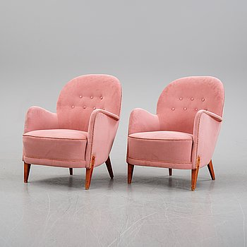A pair of Swedish Modern lounge chairs, 1940's.