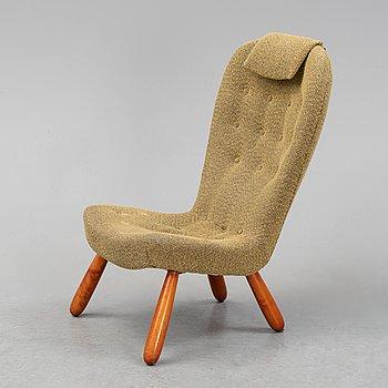 "A Swedish Modern ""Clam Chair"" / ""Muslingestol"", 1940's-50's."